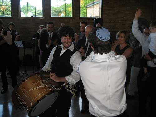 joey-poik-sam-dancing-at-wedding-#2-(Rosie-picture)